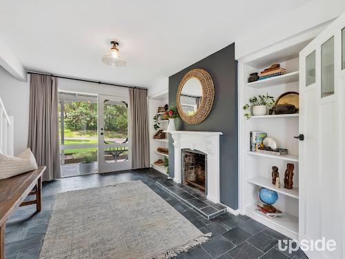 Photo of property at 4 Carrathool Avenue, Rosebud 3939