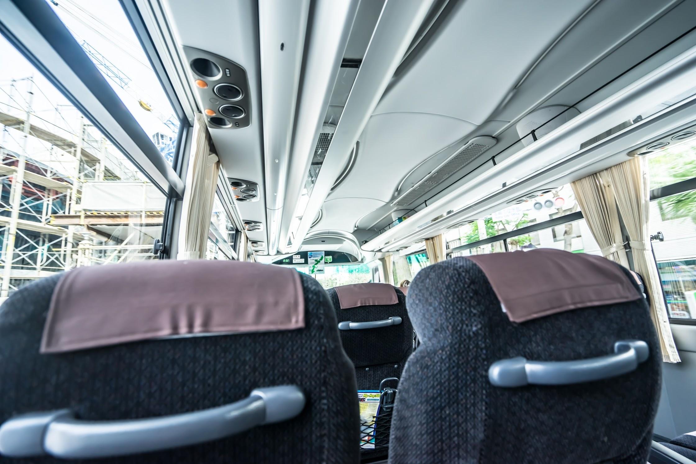 ジャンボツアーズ 沖縄 Hip-Hop Bus2