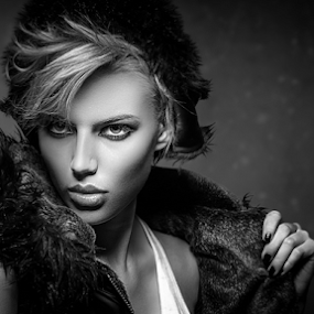 Girl with coat by Miroslav Potic - Black & White Portraits & People ( girl, black and white,  )
