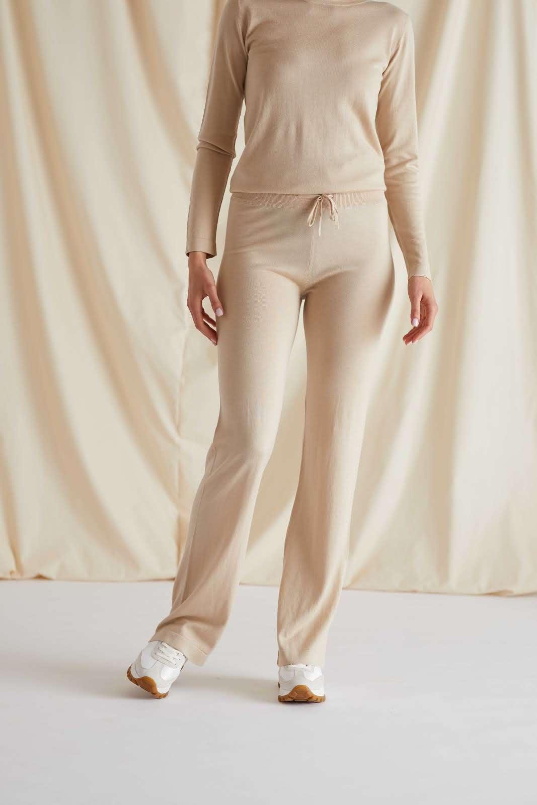 Fine Knit Flared Pants