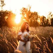 Wedding photographer Simona Toma (JurnalFotografic). Photo of 07.10.2019