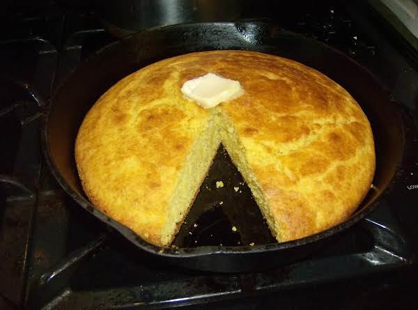 Mama's Buttermilk Corn Bread Recipe