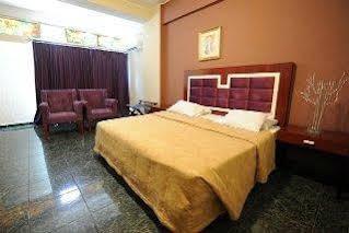 Hotel Ritz Capital