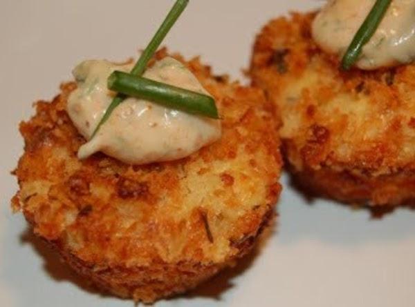 201 Restaurant & Bar Cream Cheese Crab Cakes Recipe