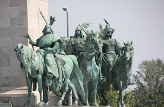 Photo: Day 70 - Heroes Square in Budapest #2