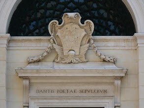 Photo: Entrance to Dante's tomb