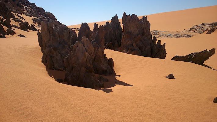 desolazione di sabbia e rocce di Rosalba50