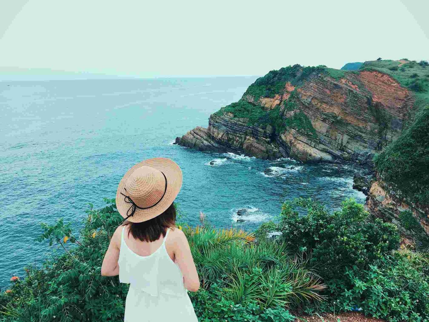 Đảo Cô tô chinh phục khách du lịch bởi vẻ đẹp hoang sơ cùng như bãi biển đẹp