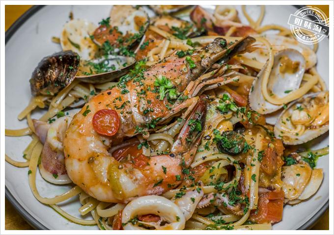 挑食Gien jia只有一隻蝦的海鮮麵