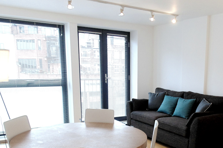 living space at Farringdon Executive