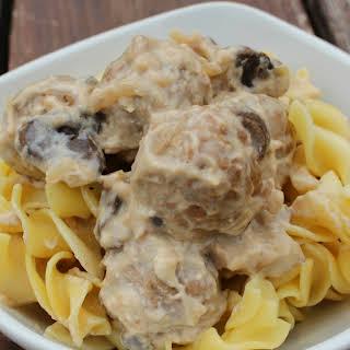 Crock Pot Beef Stroganoff Meatballs.