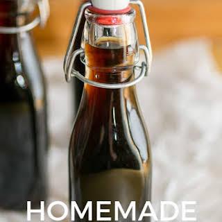 How to make Homemade Coffee Liqueur {Kahlua} {Recipe} {Cocktail}.