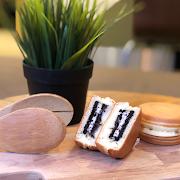 Oreo Custard Wheel Cake