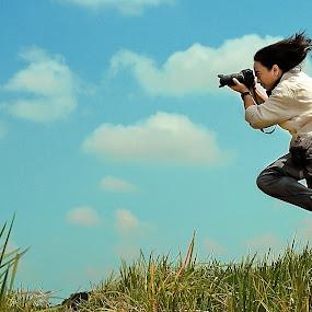 Flying Shoot by Purnawan  Hadi - People Street & Candids ( bali, flying, levitation, denpasar, shot, man )