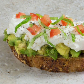 Avo-Cottage Cheese Toast Recipe