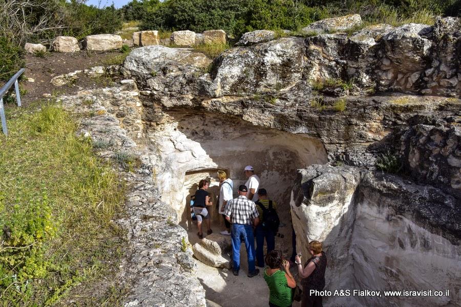 Пещеры Хирват Бургина. Археологическая экскурсия в парке Адулям, Иудея, Израиль.