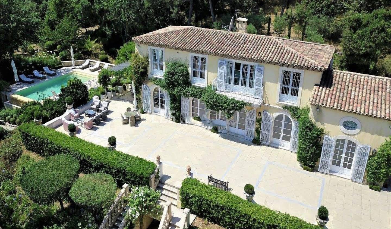 Villa avec piscine et jardin Gassin
