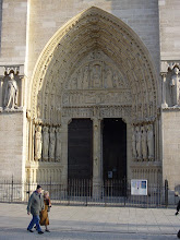 Photo: Now to the three main doors, first the Saint-Ann Portal on the right, with images both Biblical and those of more French origin. The central part is believed formed around 1140-1175, and is supposed to have been originally designed for an earlier church