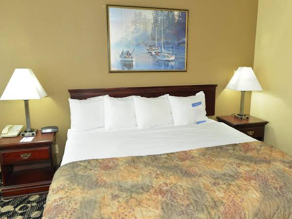 Baymont Inn & Suites Branford/New Haven