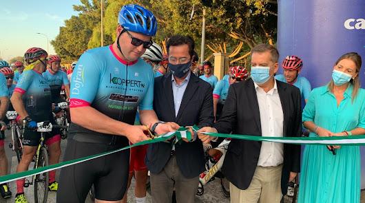 400 ciclistas rinden homenaje a los sanitarios