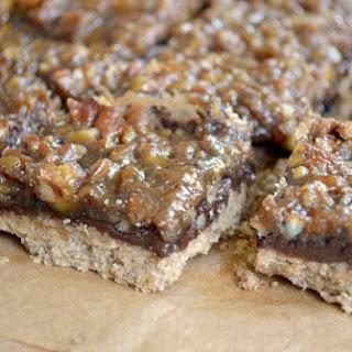 Black Bottom Maple Pecan Pie Bars {+ 64 Recipes for Tailgating Season}