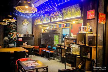 LOMO Cafe  樂牧樂食所