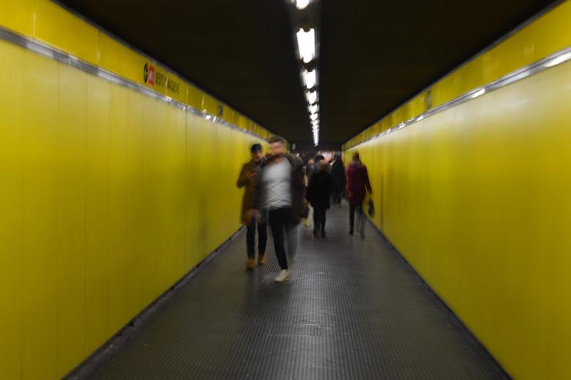 people in metro di valen85