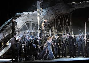 Photo: Theater an der Wien: MATHIS, DER MALER von Paul Hindemith. Premiere 12.12.2012, Inszenierung: Keith Warner. Magdalena Anna Hofmann. Foto: Barbara Zeininger.