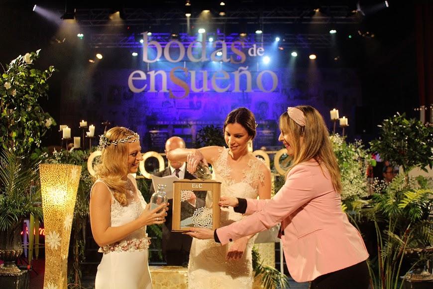 Boda de Esther y Carmen en Bodas de Ensueño.
