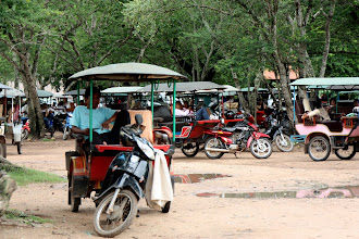 Photo: Year 2 Day 44 -  Now Find Your Tuk Tuk Driver