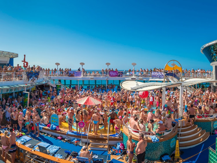 Receive a $150 onboard credit when you book a room on Temptation Caribbean Cruise 2022.