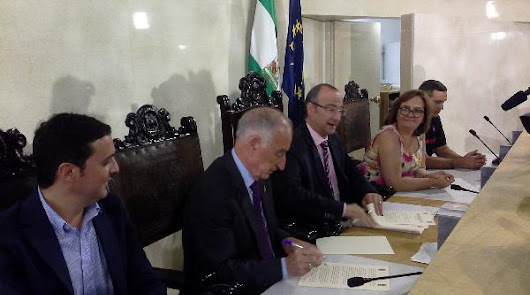 Almería cobrará por prestar servicio de bomberos en veinte municipios