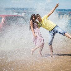 Wedding photographer Natalya Zabozhko (HappyDayStudio). Photo of 23.07.2013