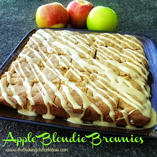 Copycat Applebee Blondie Brownies {Maple Cream Cheese Sauce} Recipe