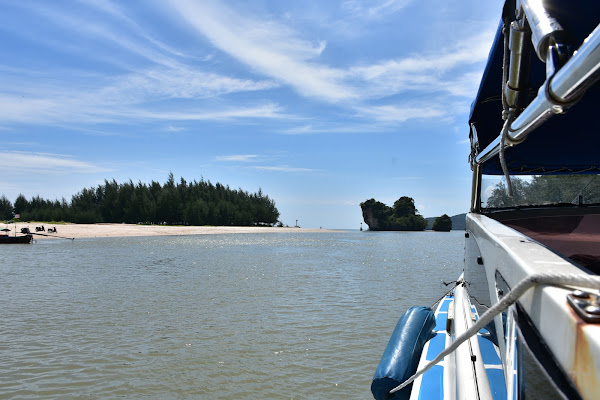 Cruise by speed boat to the 4 Islands in Krabi