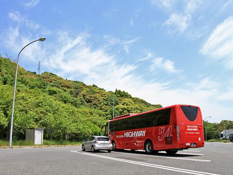 JR九州バス「広福ライナー」 4554 吉志PAにて_03