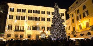 Christmas lights Palazzo Valentino.jpg