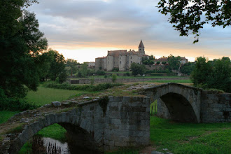Photo: J22 : Pommiers en Forez, le pont romain et le prieuré