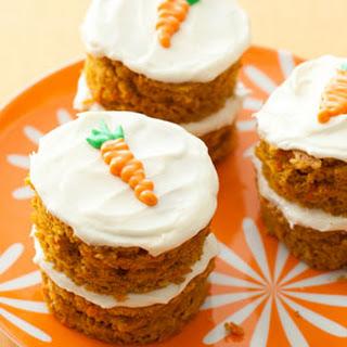 Mini-Carrot Cakes.
