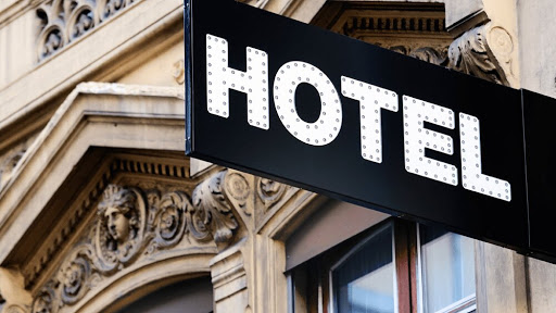 What are the best hotel promos for July?