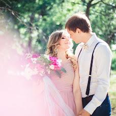 Wedding photographer Artem Dronkin (LovelyMoments). Photo of 19.06.2014