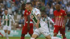 Sergi Guardiola celebra con 1-0 en Córdoba.