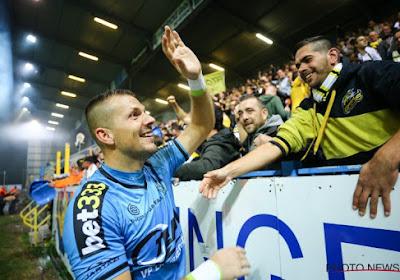 """Doelman Davino Verhulst beleefde drukke dagen in de 'mondmaskerbusiness': """"Maar nu ben ik weer 100% profvoetballer"""""""