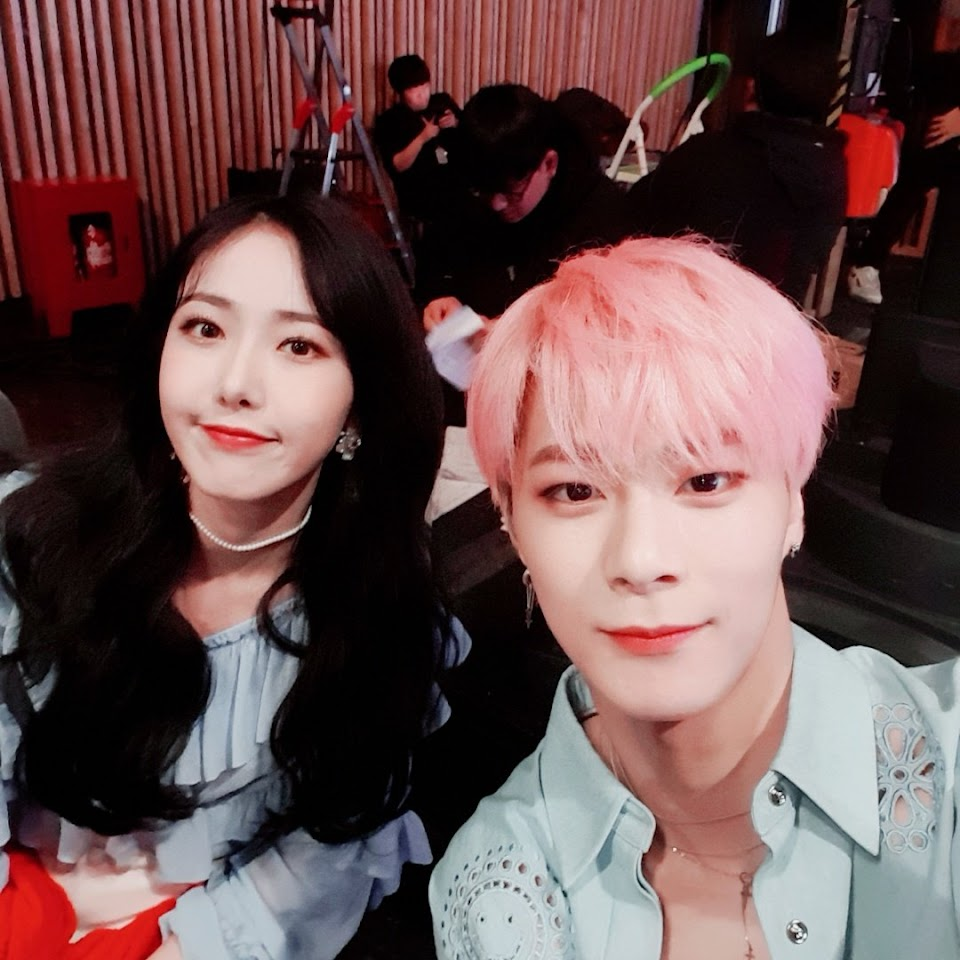 sinb moonbin dance 2019 3