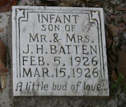 Photo: Infant Son of Mr. & Mrs. J.H. Batten