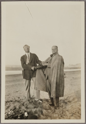 Wassily Kandinsky and Paul Klee at the beach in Hendaye