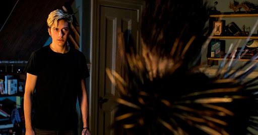 """El director de la adaptación de """"Death Note"""" de Netflix cierra su cuenta de Twitter después de las amenazas de muerte"""
