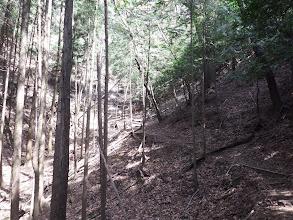 谷を廻り込む
