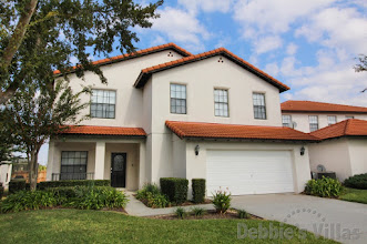 Orlando villa close to Disney, gated community with facilities, private pool and spa, games room