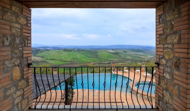 Villa avec piscine et jardin Allerona
